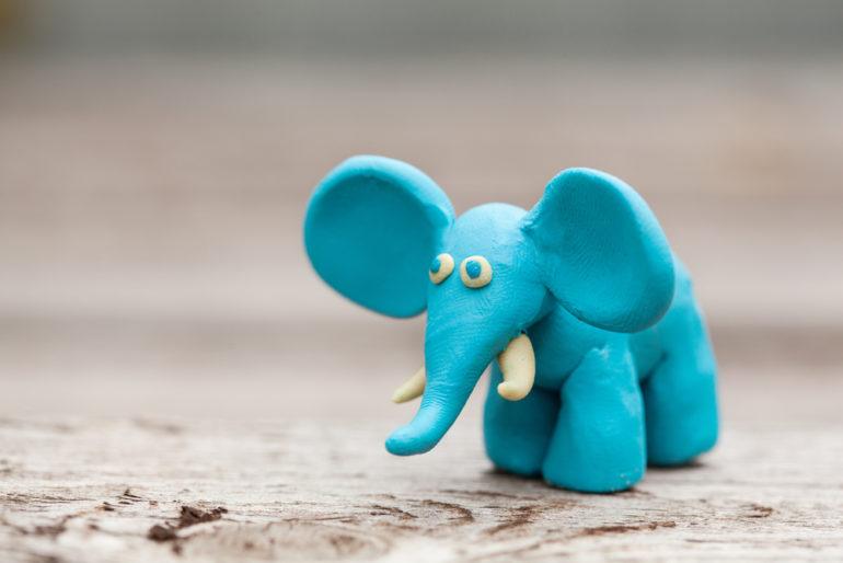 Слоник из пластилина